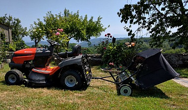 How to pick a riding mower with attachments